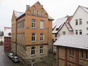 Schnee auf Dächern